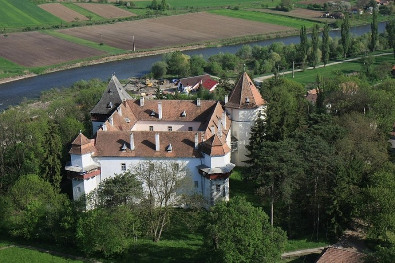 Marosvécsi kastély